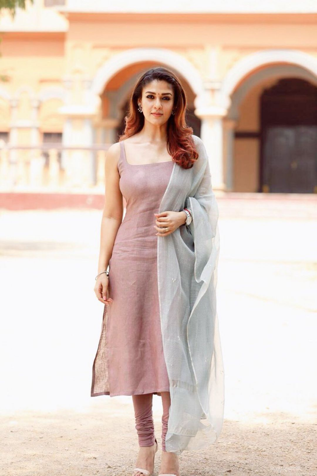 Nayanthara HD Wallpapers (Desktop Background / Android / iPhone) (1080p, 4k) (44082) - Nayanthara