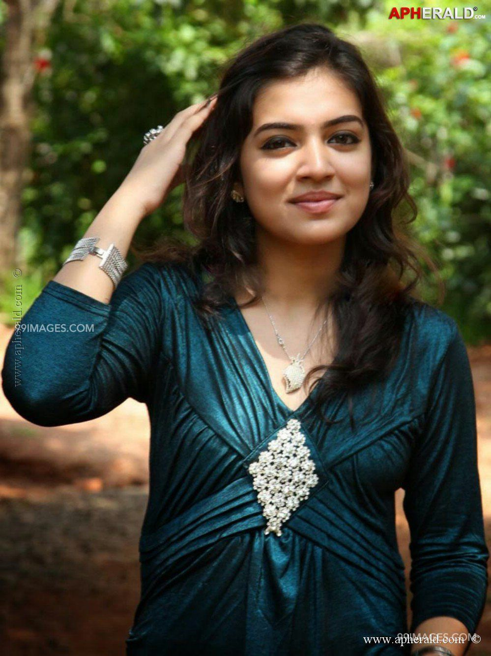 Nazriya Nazim HD Wallpapers (Desktop Background / Android / iPhone) (1080p, 4k) (145367) - Nazriya Nazim