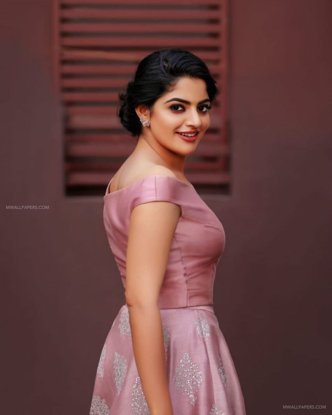 Nikhila Vimal HD Wallpapers (Desktop Background / Android / iPhone) (1080p, 4k) (42554) - Nikhila Vimal