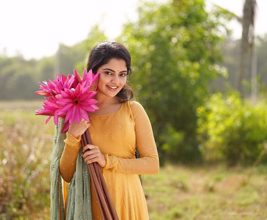 Nikhila Vimal HD Wallpapers (Desktop Background / Android / iPhone) (1080p, 4k) (42422) - Nikhila Vimal