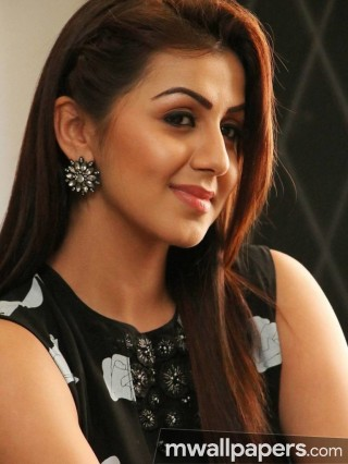 Nikki Galrani Beautiful HD Photos (1080p)