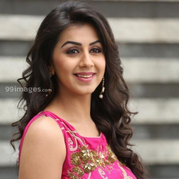 Nikki Galrani Latest Hot Photos in Pink Blouse & Green Skirt HD Wallpapers (Desktop Background / Android / iPhone) (1080p, 4k)