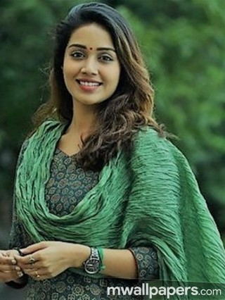 Nivetha Pethuraj Hot HD Photos (1080p)