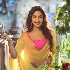 Nivetha Pethuraj HD Wallpapers (Desktop Background / Android / iPhone) (1080p, 4k)