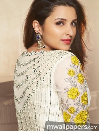 Parineeti Chopra Hot HD Photos (1080p)
