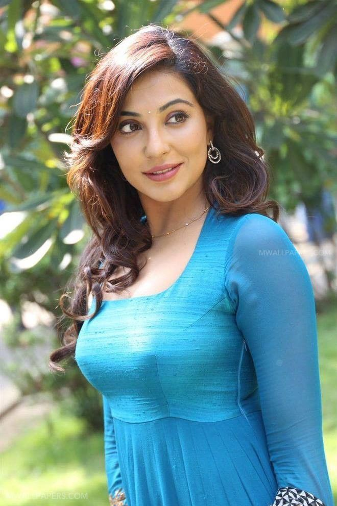 Parvathy Nair Beautiful HD Photoshoot Stills (1080p) (15043) - Parvathy Nair