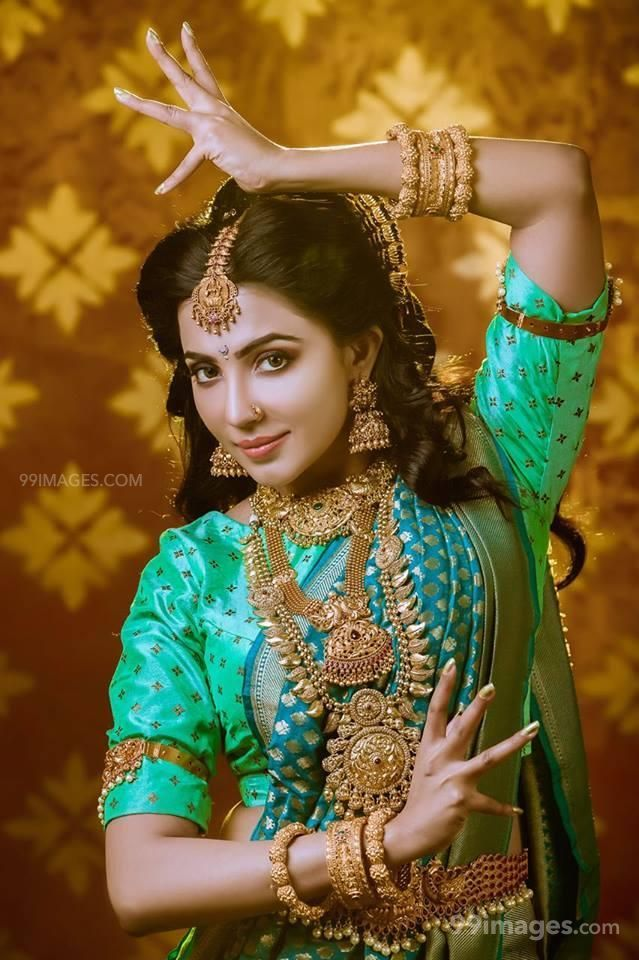 Parvathy Nair HD Wallpapers (Desktop Background / Android / iPhone) (1080p, 4k) (73117) - Parvathy Nair