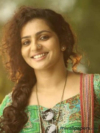 Parvathy HD Images and Wallpapers - parvathy,malayalam,mollywood,kollywood,bollywood,actress