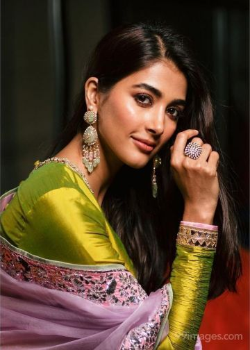 Pooja Hegde HD Wallpapers (Desktop Background / Android / iPhone) (1080p, 4k)