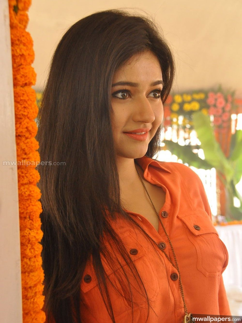 Poonam Bajwa Beautiful HD Photos (1080p) (19388) - Poonam Bajwa