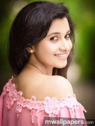 Priya Bhavani Shankar Beautiful HD Photoshoot Stills (1080p)