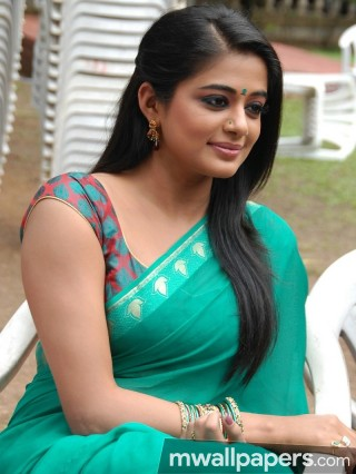 Priyamani Beautiful HD Photoshoot Stills (1080p)