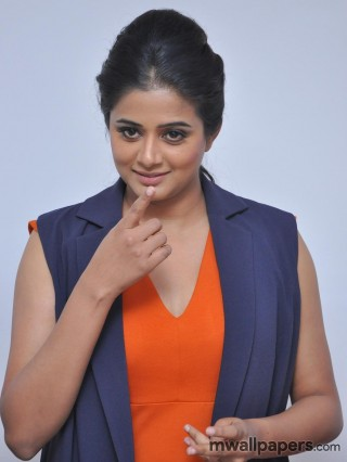Priyamani HD Images & Wallpapers (1080p)