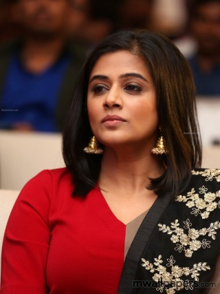 Priyamani HD Stills & Wallpapers