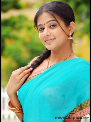 Priyamani in Saree HD Stills