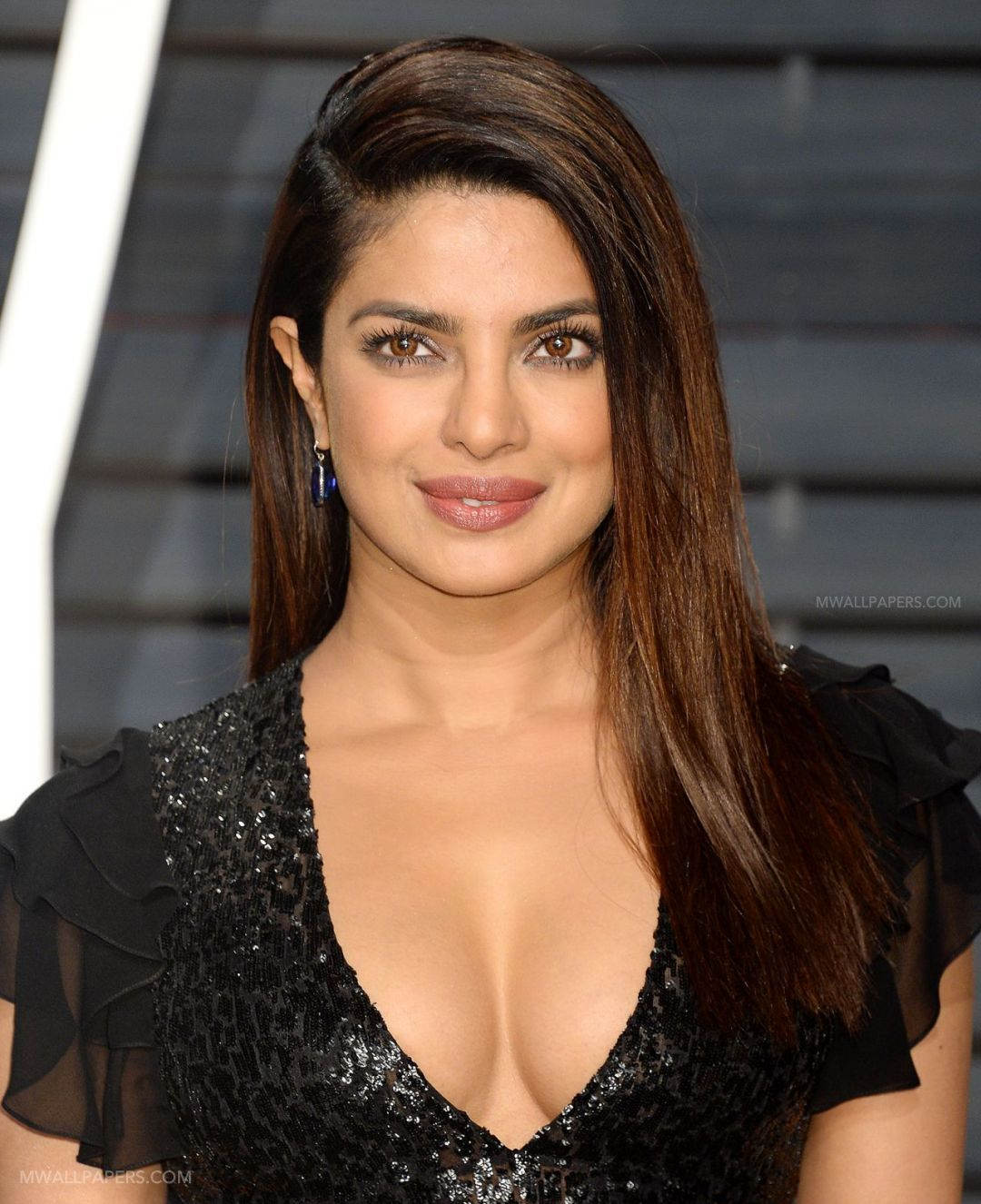 Priyanka Chopra Hot HD Photos (1080p) (15630) - Priyanka Chopra