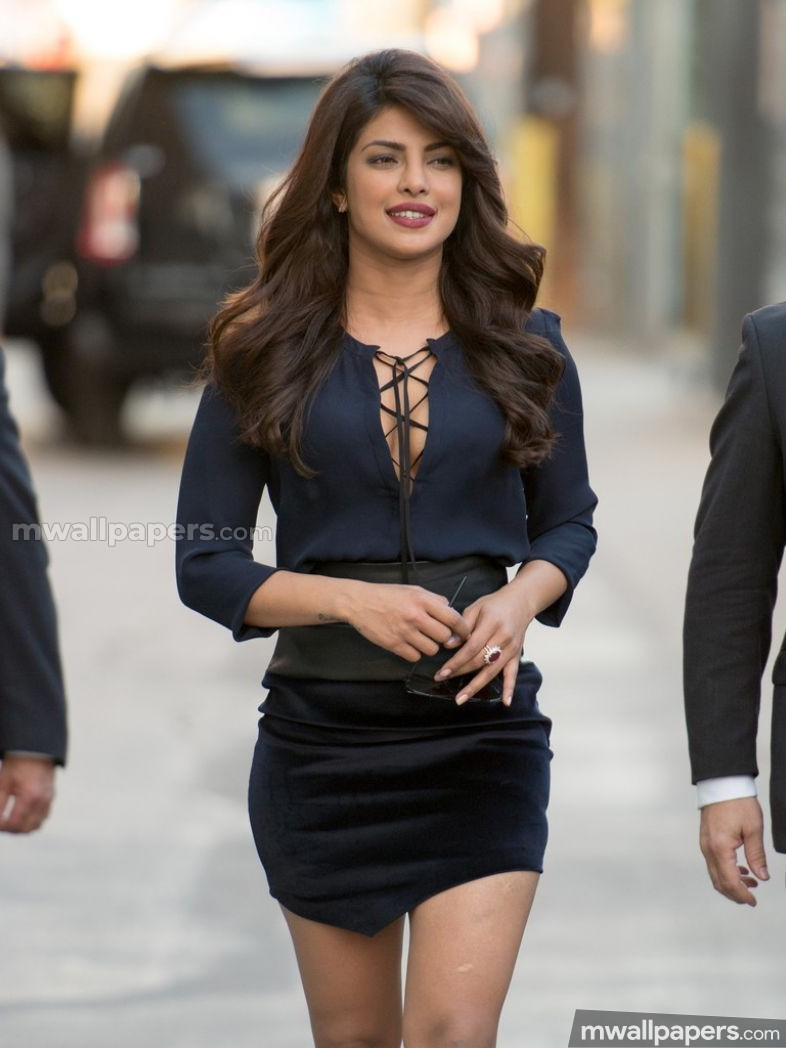 Priyanka Chopra Hot HD Photos (1080p) (15593) - Priyanka Chopra
