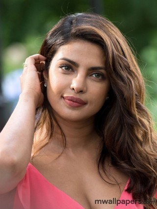 Priyanka Chopra HD Quality Wallpapers