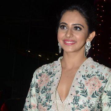 Rakul Preet Singh HD Wallpapers (Desktop Background / Android / iPhone) (1080p, 4k)