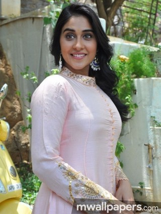 Regina Cassandra Hot HD Photos (1080p)