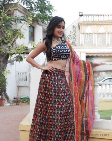 Rhea Sharma HD Wallpapers (Desktop Background / Android / iPhone) (1080p, 4k)