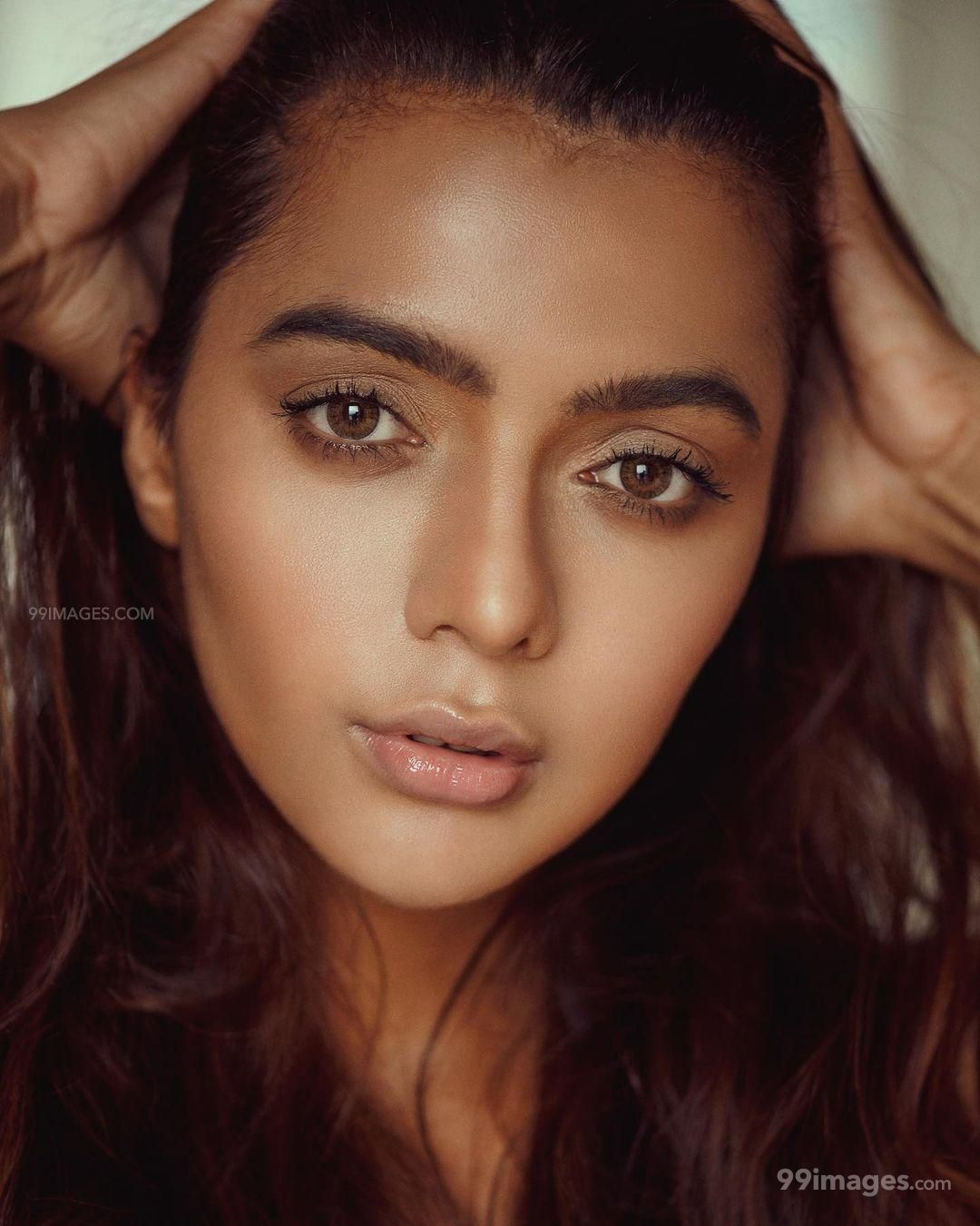Ruhi Dilip Singh HD Wallpapers (Desktop Background / Android / iPhone) (1080p, 4k)