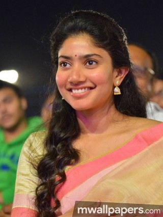 Sai Pallavi Cute HD Photos (1080p)