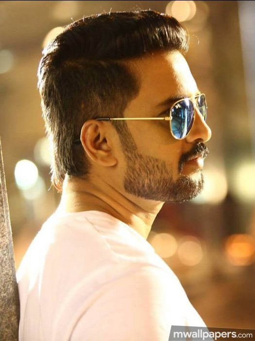 Santhanam Best HD Photos (1080p) (27973) - santhanam, actor, comedian, kollywood, television personality