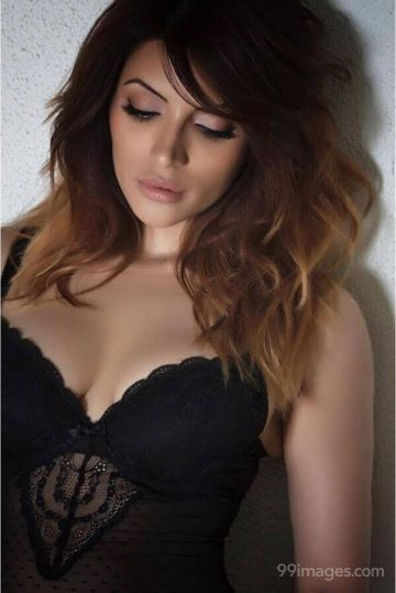 Shama Sikander HD Wallpapers (Desktop Background / Android / iPhone) (1080p, 4k)