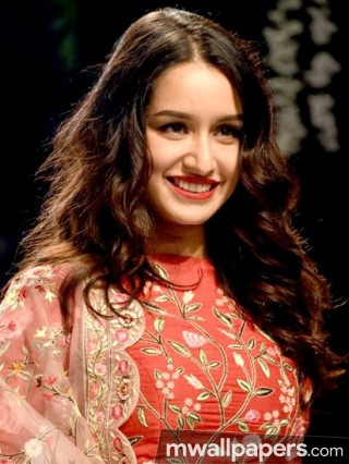 Shraddha Kapoor Cute HD Photos (1080p)