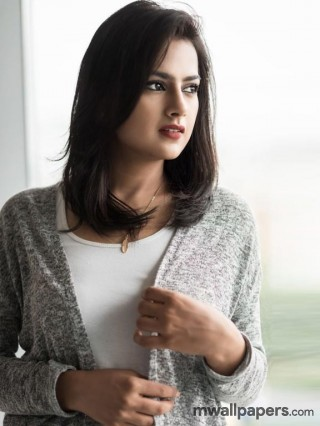 Shraddha Srinath HD Beautiful Photos