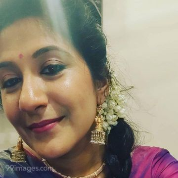 Shweta Mohan HD Wallpapers (Desktop Background / Android / iPhone) (1080p, 4k)