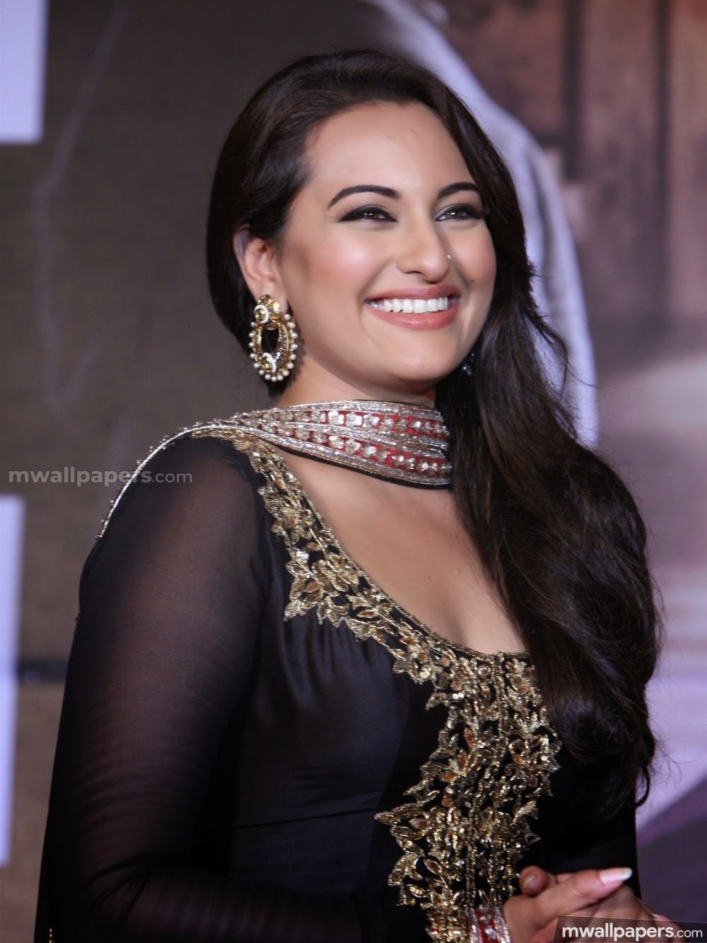 🌟 sonakshi sinha hot hd photos (1080p) [android/iphone/ipad hd
