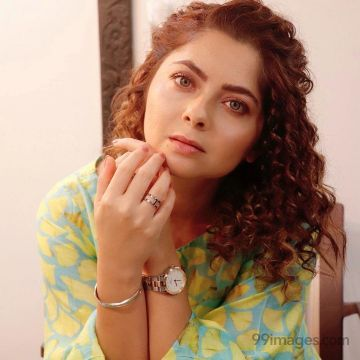 Sonalee Kulkarni HD Wallpapers (Desktop Background / Android / iPhone) (1080p, 4k)