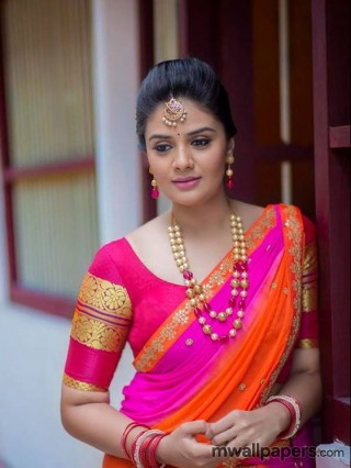 Sreemukhi HD Image - actress,tollywood,sreemukhi