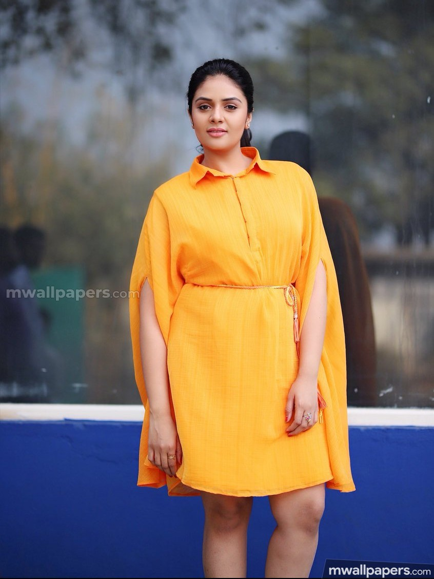 Sreemukhi Beautiful HD Photoshoot Stills (1080p)