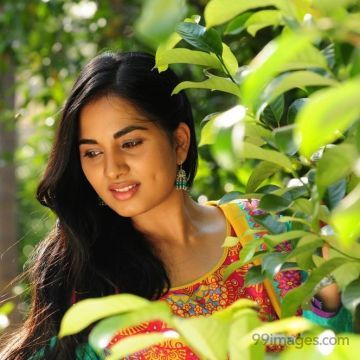 Srushti Dange HD Wallpapers (Desktop Background / Android / iPhone) (1080p, 4k)