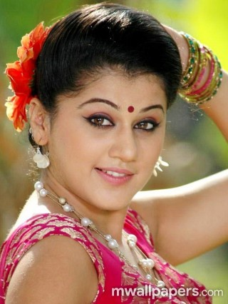 Best Taapsee Pannu HD Photoshoot Stills (1080p)