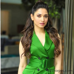 Tamanna Bhatia HD Wallpapers (Desktop Background / Android / iPhone) (1080p, 4k)