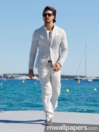 Tiger Shroff HD Photos & Wallpapers (1080p)