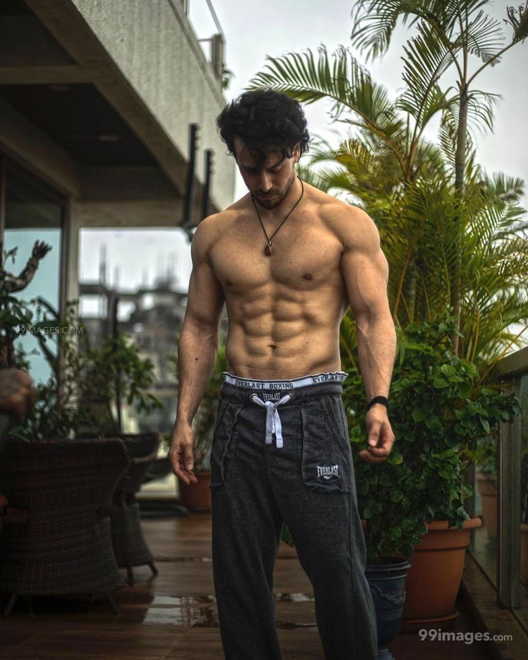 Tiger Shroff HD Wallpapers (Desktop Background / Android / iPhone) (1080p, 4k) (208461) - Tiger Shroff