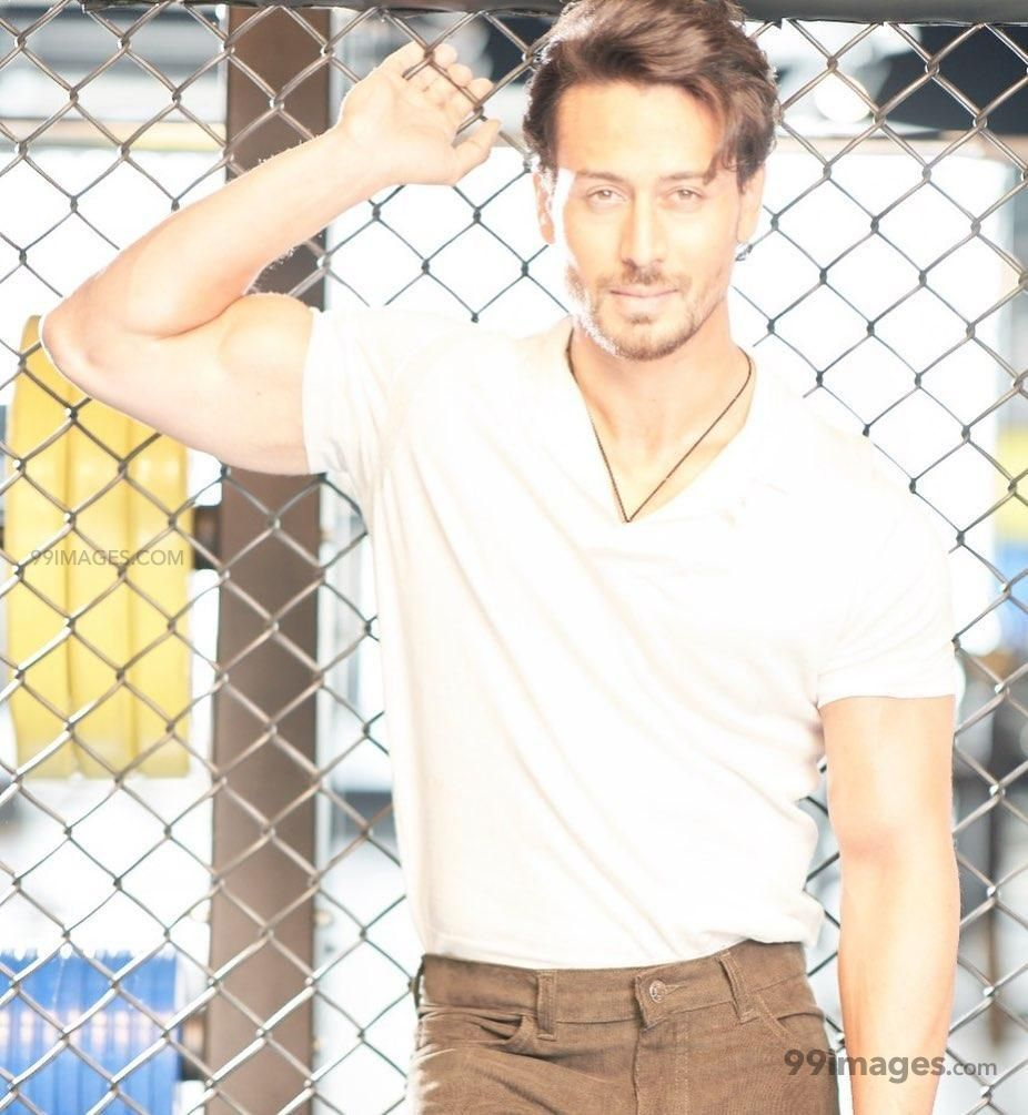 Tiger Shroff HD Wallpapers (Desktop Background / Android / iPhone) (1080p, 4k) (269141) - Tiger Shroff