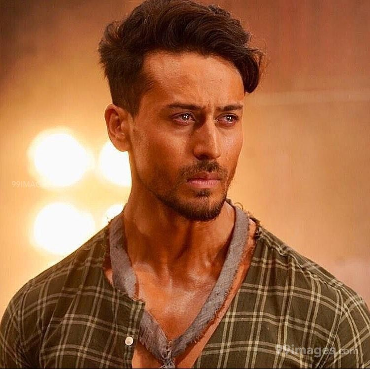 Tiger Shroff HD Wallpapers (Desktop Background / Android / iPhone) (1080p, 4k) (128218) - Tiger Shroff