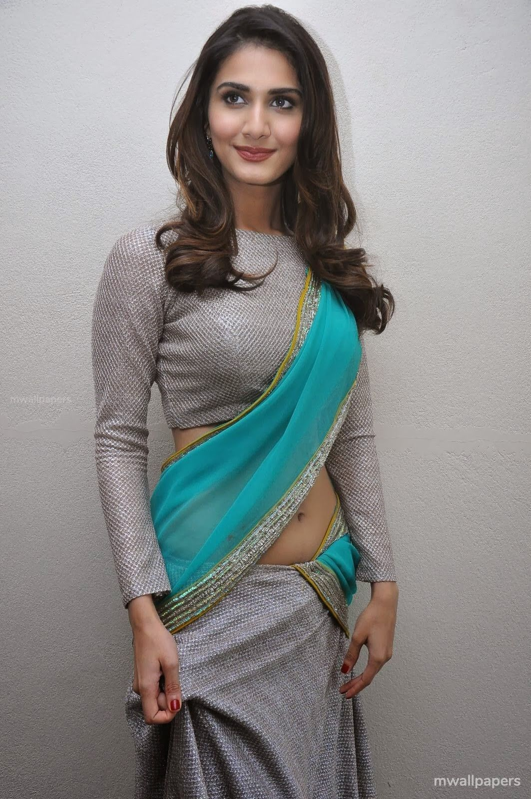 Vaani Kapoor Cute HD Photos (1080p) (30761) - Vaani Kapoor