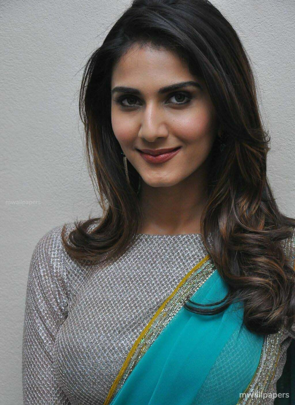 Vaani Kapoor Cute HD Photos (1080p) (30716) - Vaani Kapoor