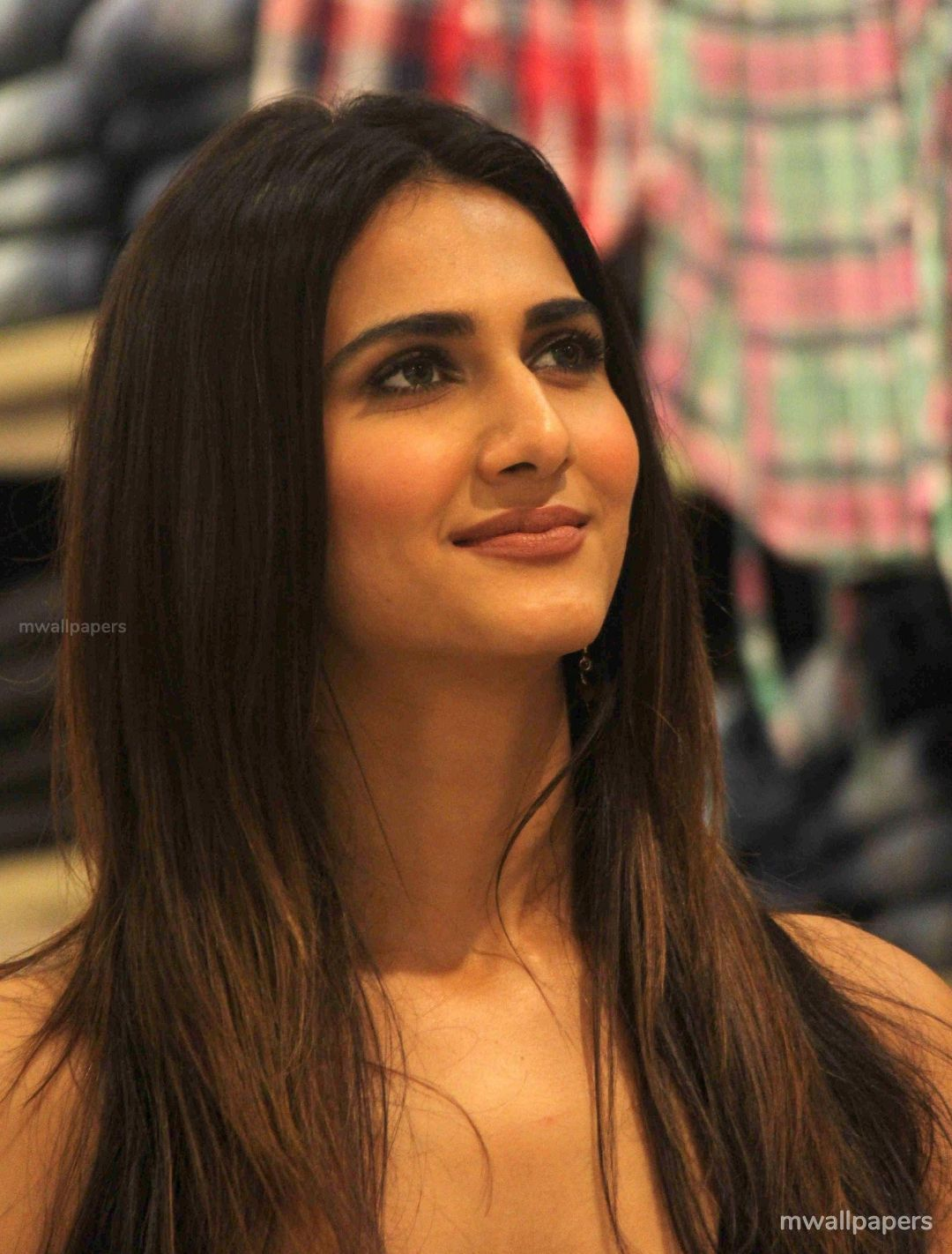 Vaani Kapoor Cute HD Photos (1080p) (30769) - Vaani Kapoor