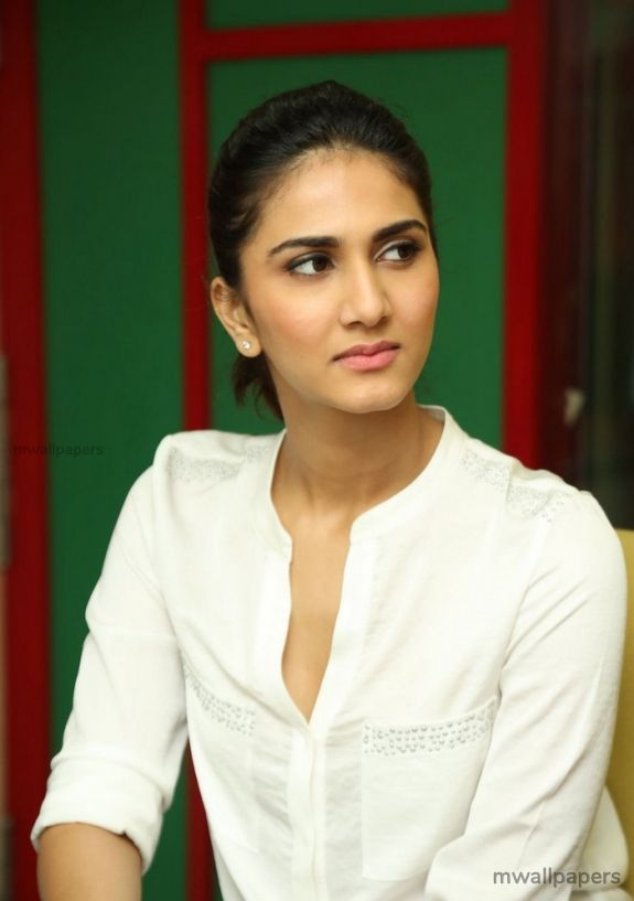 Vaani Kapoor Hot Hd Photos 1080p Androidiphoneipad Hd