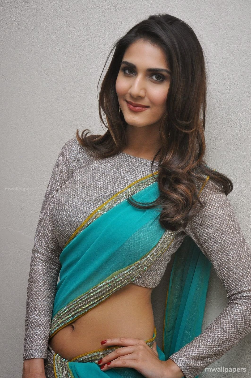 Vaani Kapoor Hot HD Photos (1080p) (30701) - Vaani Kapoor