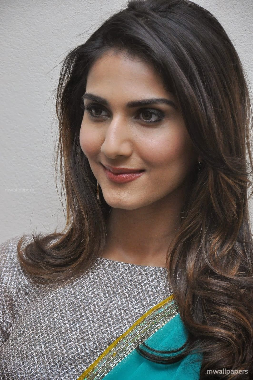Vaani Kapoor Hot HD Photos (1080p) (30639) - Vaani Kapoor