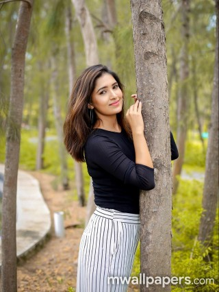 Serial Actress Vani Bhojan HD Photoshoot Photos